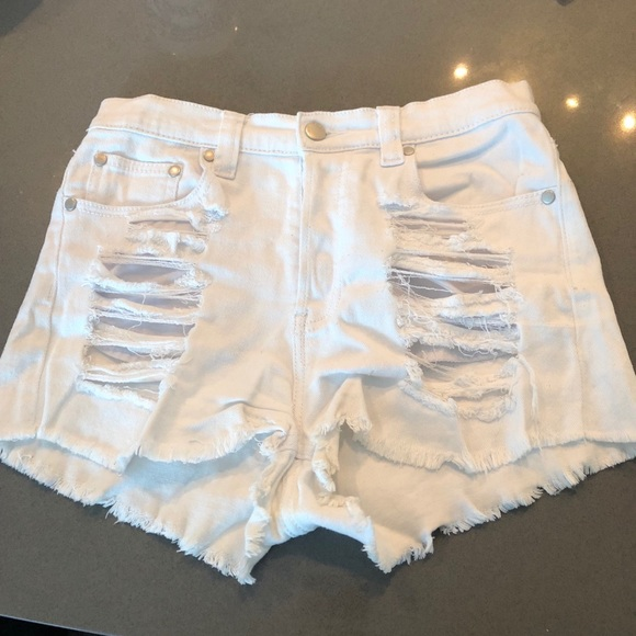 MINKPINK Pants - Mink Pink Small White High Waisted Slasher Shorts